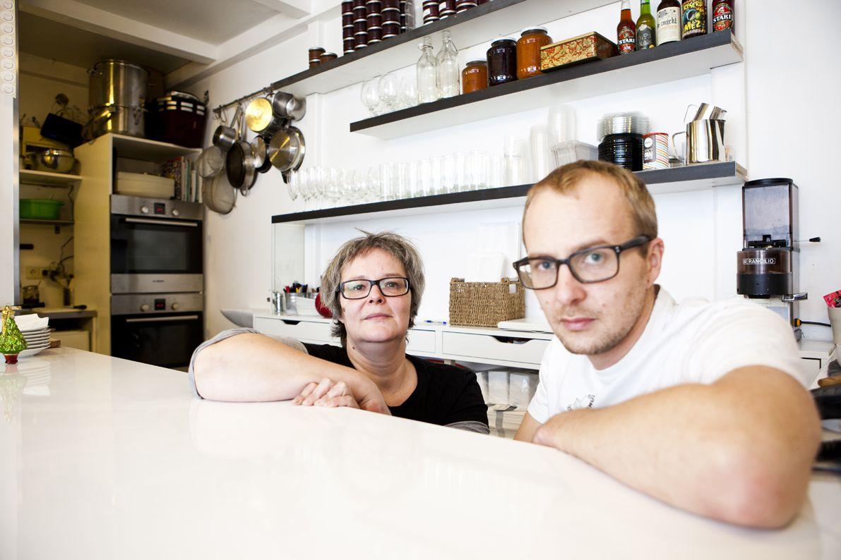 Lőrincz Anna és Sárkány Bence, a Delibaba Szendvicsműhely tulajdonosai és szendvicskészítői - fotó: Nagy Balázs