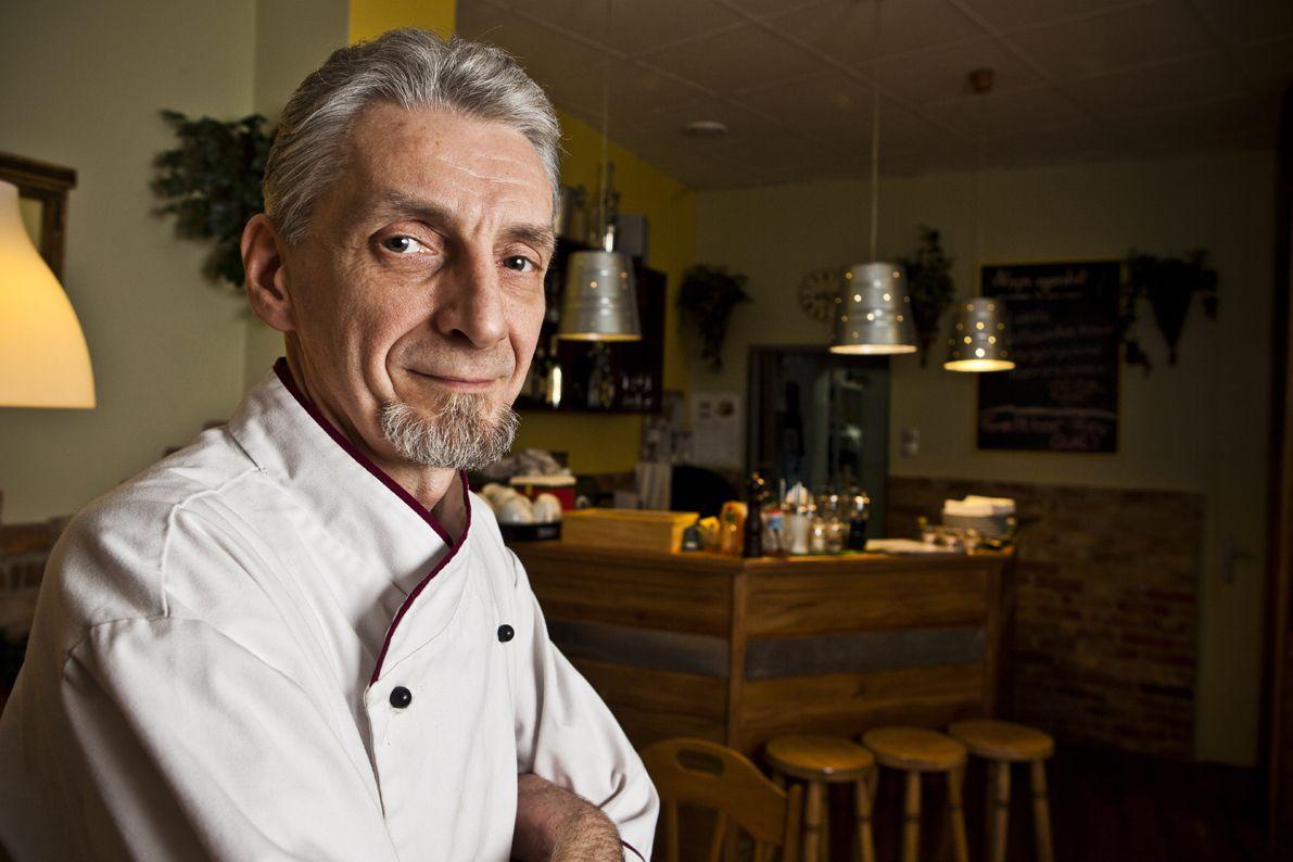 Arany Tamás, a Pasta Bella tulajdonosa és szakácsa - fotó: Nagy Balázs