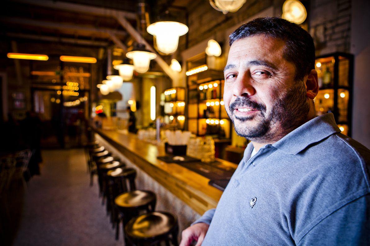 Közel-keleti fűszerekkel ismertetne a Mazel Tov és a Hummus tulajdonosa - fotó: Nagy Balázs