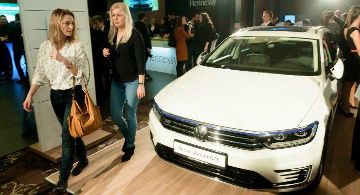 A gála névadó szponzora, a Volkswagen két autót is hozott a gálára. fotó: Schumy Csaba