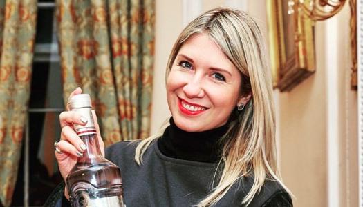 """""""A véremben is vodka folyik"""" – Tatiana Petrakova vodkanagykövettel beszélgettünk"""