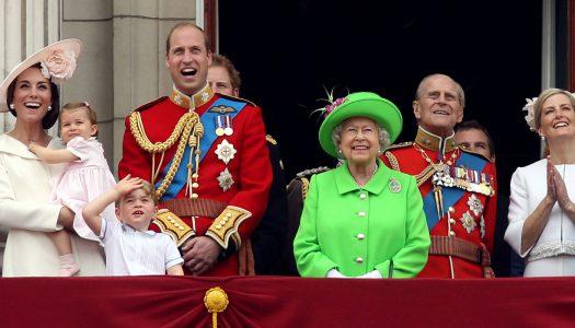 Kóstolja, felség! A királynő megint szakácsot keres